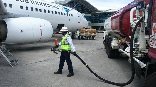 Pembatasan Penerbangan Bikin Konsumsi Avtur di Bandara