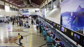 Loket Check In Bandara Internasional Juanda - nasional.republika.co.id