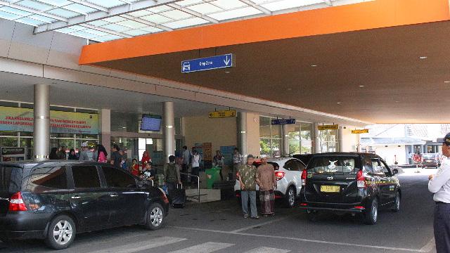 Suasana di bandara abdulrachman saleh Malang