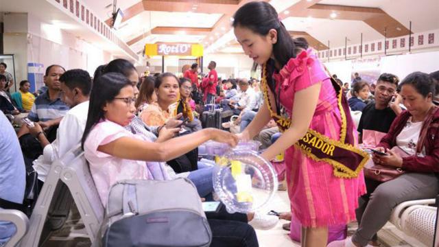 Angkasa Pura I memberikan berbagai kejutan kepada penumpang di Bandara