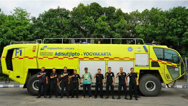 PT Angkasa Pura I memperbarui Kendaraan Pertolongan Kecelakaan Penerbangan dan Pemadam Kebakaran (PKP-PK) di Bandara Kelolaannya
