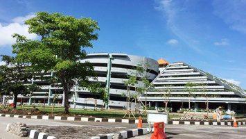 Parkiran di Bandara Ngurah Rai - bali.tribunnews.com